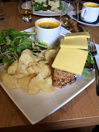4.5 Dornach Castle Tavern lunch 3