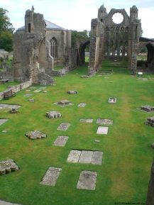 1 Elgin Cathedral (2)